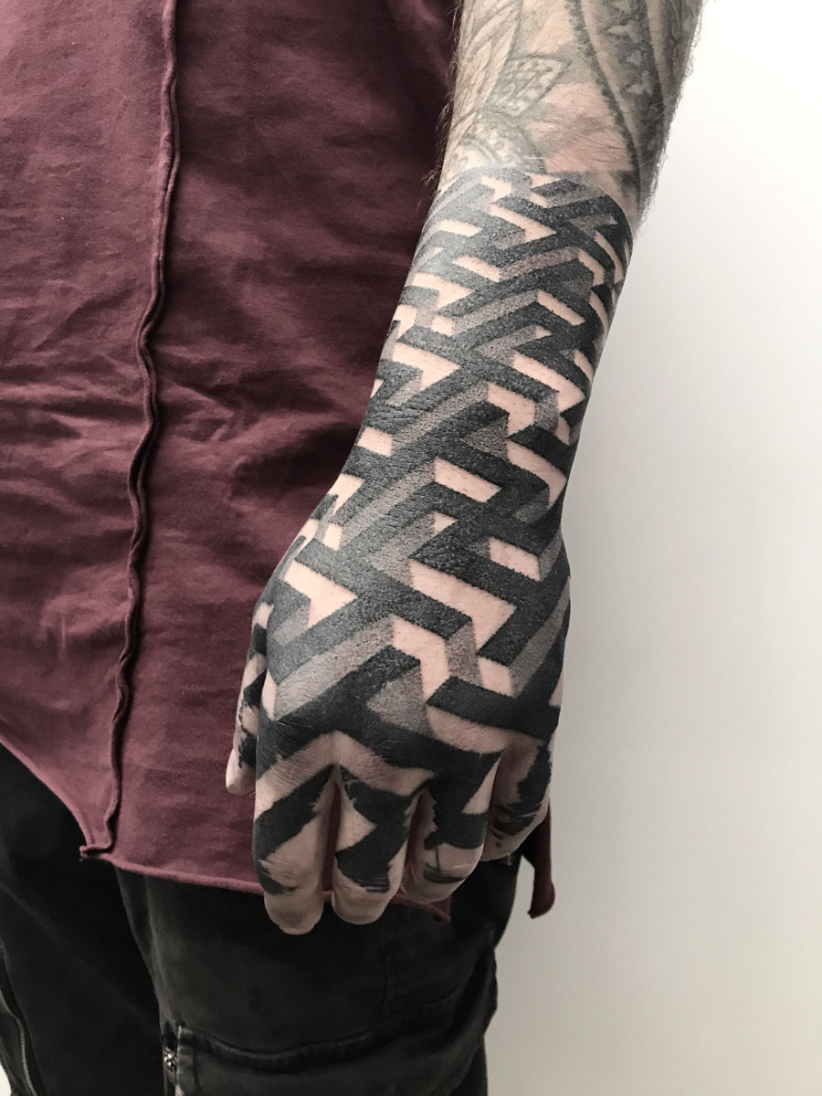 Le Tatuarti   Lisa Peri Tattoo